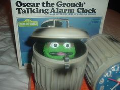 Sesame Street Oscar the Grouch 1977 Bradley Talking Alarm Clock w/Box,Packing!
