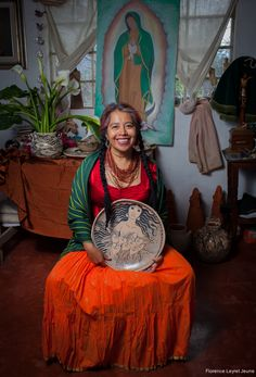 All things Mexico. All things Mexico.Artista Angelica Morales, ceramica con corazon! Camino a Ichupio, Tzintzuntzan, Michoacan, Mexico cell 443 318 7947 angelicamoralesg@yahoo.com Support the artisans, buy from them! ©Florence Leyret Jeune