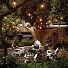 Backyard Seating, Fire Pit Backyard, Garden Seating, Outdoor Seating, Backyard Patio, Backyard Landscaping, Backyard Movie, Landscaping Ideas, Romantic Backyard