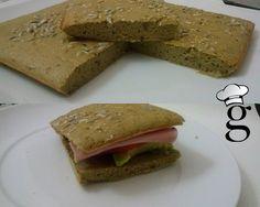 ¿Pan sin harina? Parece imposible, ¿no? Pues se puede hacer y encima está bueno (para mi gusto claro). Lo encontré hace tiempo en el blog de la súper Yedah – DELISSIN. Os dejo mi versión pero os re…