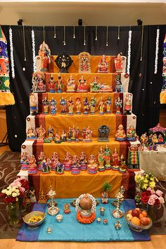 Diwali Decorations, Festival Decorations, Diy Golu Dolls, Navratri Puja, Ganpati Decoration At Home, Pooja Room Design, Homemade Dolls, Diwali Diy, Kutch Work