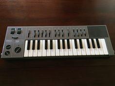MATRIXSYNTH: Yamaha Synthesizer CS01 SN 17657