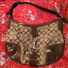 Coach purse Authentic coach purse! Great condition Coach Bags