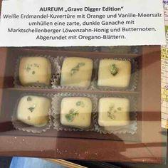 KÖSTLICH!!! #dasbernsteinzimmer #axelritt #the_real_ironfinger #pralinen