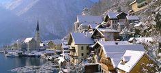 """Já programou suas férias de fim de ano? Cortina d'Ampezzo é chamada de """"pérola das Dolomitas"""" e seu nome vem da sua posição geográfica, de fato, é uma linda cidade que vale a pena ser visitada tanto no verão quanto no inverno.  O grupo ITALIABELLA deseja a todos: um bom dia! :)  #dolomitas #italia #dicasdeviagem #viajarcomafamilia"""