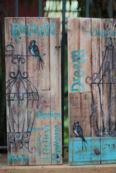 Nada melhor que se juntar a boas amigas artistas e trasnformar madeira de demolição em arte.... Obrigada Marcia pasqualin e KatiaFelde ... Arte Pallet, Pallet Art, Diy Arts And Crafts, Wood Crafts, Vasos Vintage, Decoupage, Reclaimed Wood Art, Pintura Country, Wood Display