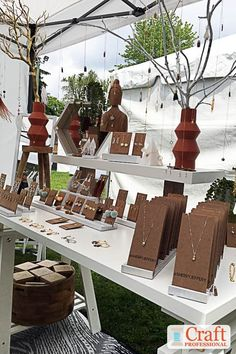 Handmade necklaces displayed on branches in a craft booth. Necklace Display, Earring Display, Jewellery Display, Window Display Retail, Retail Displays, Window Displays, Jewelry Booth, Craft Markets, Flea Markets