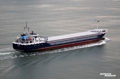 http://koopvaardij.blogspot.nl/2017/07/6-juli-2017-op-de-nieuwe-waterweg-bij_7.html    14 oktober 2000 te Amsterdam als LINGEDIJK   in beheer bij Navigia Shipmanagement B.V., Groningen