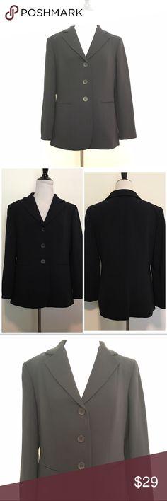 Jones NY Classic Black 3-Button Blazer Classic 3-button blazer by Jones NY. Two front pockets, 100% polyester. Satin lining. Size 6. Excellent condition. ❌NO TRADES ❌NO LOWBALLING❌ Jones New York Jackets & Coats Blazers
