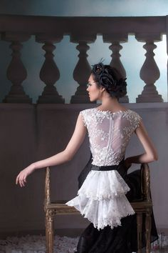Hanna Touma Primavera-Estate 2015 - Alta moda - http://it.flip-zone.com/fashion/couture-1/independant-designers/hanna-touma-5615
