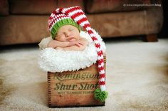 christmas baby photography #baby #christmas #hat