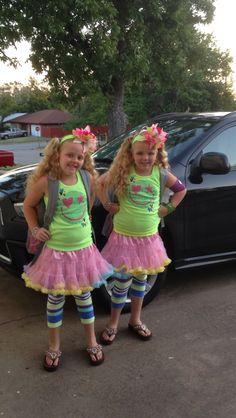 Tiny Texas twins Makenna and Maryssa mahaney