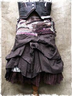 Dapperesque skirt. £86.00, via Etsy.