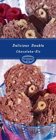 Delicious Double Chocolate-Eis: Schokoladen-Eis mit weißen Schoko-Stücken #eisselbermachen #eisideen #eiskreation #köstlich