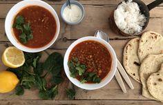 20 vegetarmiddager som gir vann i munnen - Plusstid Moussaka, Chana Masala, Curry, Ethnic Recipes, Vegans, Curries