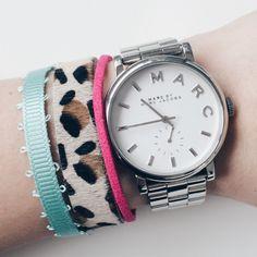 Neon leopard bracelet by Angélica