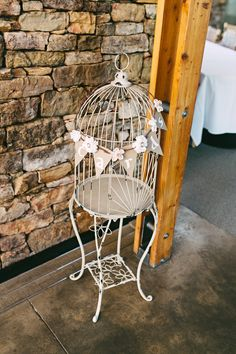 Card and gifts birdcage.#memphisweddings