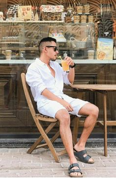 Unisex Fashion, Men's Fashion, Fashion Ideas, Fashion Tips, Fashion Trends, Really Hot Guys, Flip Flop Slippers, Beach Clothes, Birkenstocks