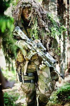 https://www.facebook.com/Military.Maniacs1/photos/a.722060794575661.1073741828.722058091242598/1030914337023637/?type=3