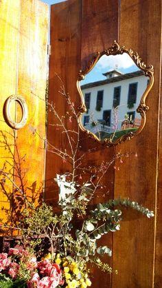 Eduardo Akexandry decorador & designer Espelhos, molduras, painel de madeira