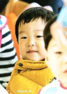 Superman Kids, Korean Tv Shows, Song Triplets, Cute Twins, Asian Babies, Celebrity Babies, Stories For Kids, Cute Faces, My Children