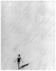 fewthistle:  Katherine Pastrie . Dune du Pyla, France. 1954. Photographer: Georges Dambier