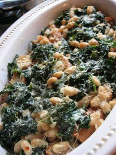 Veganize it! The Cooking Academic: Italian Greens and Beans. A fabulous recipe for greens and beans. If using escarole with this recipe, buy two heads. of the greens and beans was gone within an hour of me making them. Bean Recipes, Side Dish Recipes, Veggie Recipes, Vegetarian Recipes, Dinner Recipes, Cooking Recipes, Healthy Recipes, Yummy Recipes, Escarole Recipes