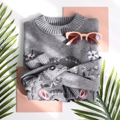 cute sweater <3 flat lay  @coolflatlays