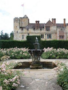 hever castle - kent, england (Ann Boleyn's childhood home)