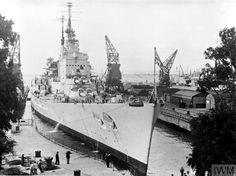 HMS Vanguard entering No1 Dock, Gibraltar, 1953.[800 × 597] Hms Vanguard, Uss Iowa, Heavy Cruiser, Capital Ship, Navy Ships, Second World, Royal Navy, War Machine, Battleship