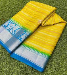 Exclusive Banarasi Dupion Sarees With Antique and Silver Zari Designer Lines Contrast Brocade Blouses, Elegant Fashion Wear, Elegant Saree, Fb Page, Silk Sarees, Color Combinations, Contrast, Colours, Traditional