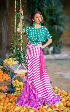 Trajes de flamenca 2019. Colección 2019. Sueña Primaveras Flamenco Skirt, Ankara Gowns, Gatsby Party, 1920s Flapper, Fringe Dress, Online Dress Shopping, New York Fashion, Formal Wear, Baby Dress