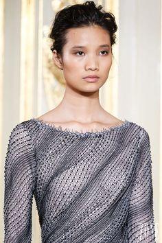 Rami al Ali - Couture - Fall-winter 2013-2014 - http://en.flip-zone.com/fashion/couture-1/independant-designers/rami-al-ali-3978 - ©PixelFormula