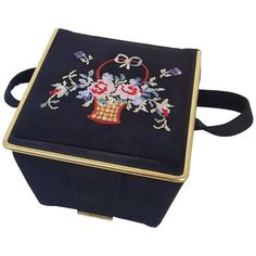 1950s Hand Embroidered Floral Box Purse