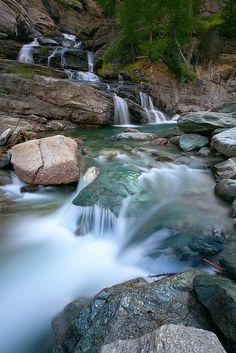 Lillaz Waterfalls, Gran Paradiso national park, Valle d'Aosta, Italy