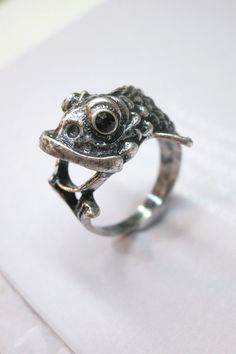 Vintage Silver Fish. Fish Head Ring by AccessoriesG on Etsy, $0.99