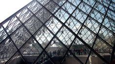 #Louvre #Pyramide #Paris June 2014 www.pinterest.com/annbri/