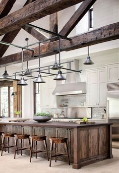 Awesome Rustic Farmhouse Kitchen Cabinets Decor Ideas Of Your Dreams – Rustic Kitchen Design, Kitchen Cabinet Styles, Kitchen Cabinet Remodel, Farmhouse Kitchen Cabinets, Modern Farmhouse Kitchens, Farmhouse Style Kitchen, Kitchen Modern, Eclectic Kitchen, Wood Cabinets