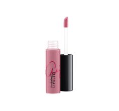 Ariana Grande's shade of VIVA GLAM Lipglass. Her good, good shimmering pink in M∙A∙C's much-loved Lipglass formula. Wear it alone or over Lipstick / VIVA GLAM Ariana Grande. Every cent of the selling price goes toward helping women, men and children living with and affected by HIV/AIDS. Limited-edition packaging features Ariana's signature. Pro discount is not applicable.