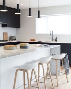 What To Expect In a Modern Kitchen Design Home Decor Kitchen, New Kitchen, Home Kitchens, Best Kitchen Designs, Modern Kitchen Design, 1960s House Renovation, House Renovations, Bulthaup B1, British Columbia