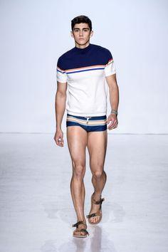 Parke and ronen parkeronen underwear swimwear male models new york fashion week mens nyfwm nyfw New York Fashion, Mens Fashion 2018, Fashion News, Male Fashion, Fashion Trends, Mode Masculine, Mode Man, Man Swimming, Male Body
