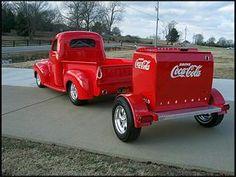 Studebaker Pick-Up & Coca-Cola Trailer ☆。★。 Antique Trucks, Vintage Trucks, Antique Cars, Cool Trucks, Cool Cars, Pub Coca, Pick Up, Classic Chevy Trucks, Classic Cars
