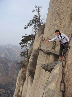 Mountain hiking at Mount Huashan, China