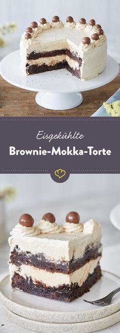 Diese Mokka-Torte mit Brownie-Böden, eisiger Espresso-Creme und schokoladiger Oreo-Schicht ist der beste Beweis dafür, dass Kaffee in den Kuchen gehört.