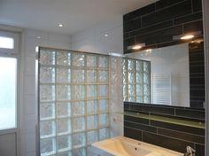 Glasblokken In Badkamer : Inloopdouche met glazen bouwstenen en natuurstenen vloer wanden