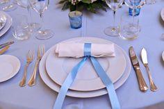 allestimento tavolo in pacific blue
