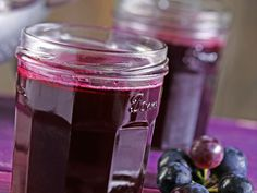 Pectin crystals are a fast and easy way to make homemade jam or jelly. Try making our grape jam with CERTO Light Pectin Crystals. It& the perfect jam for making your kids& peanut butter and jelly sandwiches. Jelly Recipes, Jam Recipes, Gourmet Recipes, Concord Grape Jelly, Grape Jam, Chutneys, Plum Jam, Jam And Jelly, Vegetable Drinks