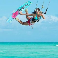 Down Loop Transition – Kite Surf Co Tutorial Wakeboarding, Windsurfing, Surfing Uk, Wind Surf, Sup Surf, Water Photography, Big Challenge, Surf Girls, Extreme Sports
