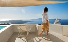 Holiday House, Santorini, Greece by Kapsimalis Architects Fira Greece, Santorini Island Greece, Mykonos Island, Greece Trip, Underground Swimming Pool, Videos Mexico, Cities, Architecture Images, Balcony Design