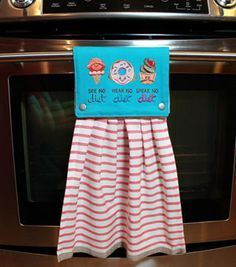 Free project instructions to make a in a snap towel topper!